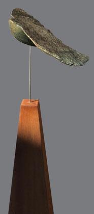 Vogelvrij, ruwinka met cortenstaal zuil SOLD