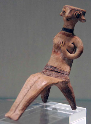 Figurine of Sitting Nude Woman (Astarte type) 13th century BC, Pierides Collection Nicosia