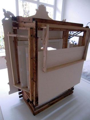 le théâtre des abeilles - URANIA groß - 62/35/75 cm