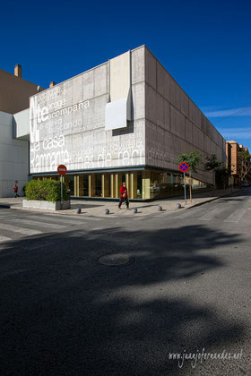 Biblioteca San Vicente del Raspeig | Fotografía interiorismo.