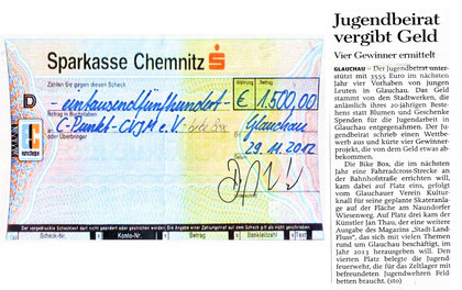 Artikel aus der Freien Presse vom 01.12.2012 + Scheck der Stadtwerke