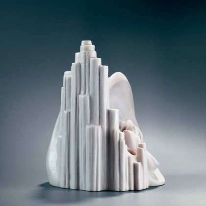 GLAUBE - HOFFNUNG - LIEBE 2003, Steinguss (Marmor), Höhe 27 cm
