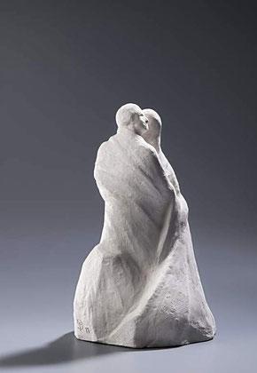EINER TRAGE DES ANDEREN LAST (GAL 6.2), Bronze H 33 cm, 1997