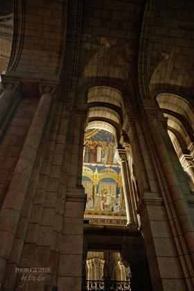 Bild: Basilika Sacré-Coeur de Montmartr e in Paris