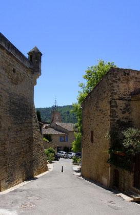 Bild: Weg vom Schloss Ansouis zum Ortsmittelpunkt, Ansouis