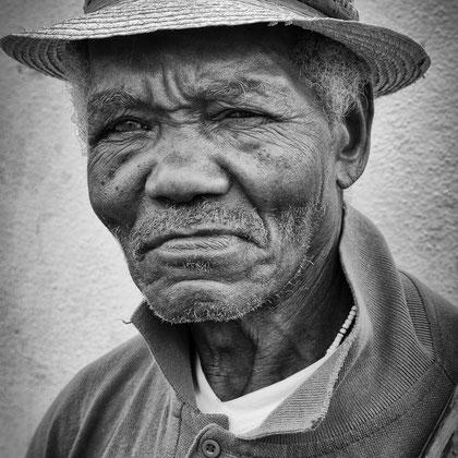 alter Kubaner mit Hut