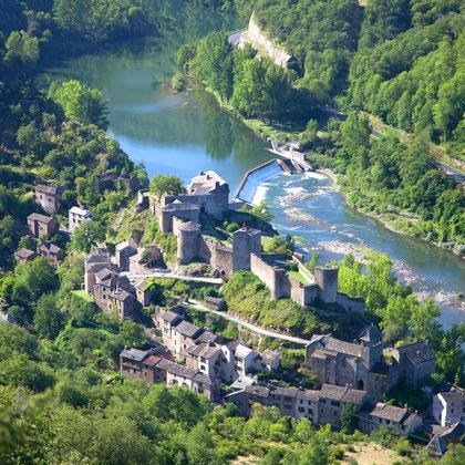 Brousse le château ( à 20 km)