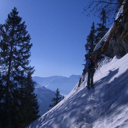 Im alpinen Aufstieg zum Tällen