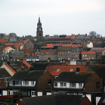 The town at Berwick-upon-Tweed ((pop.11,665, 2001) sitting on the Scotland-England border