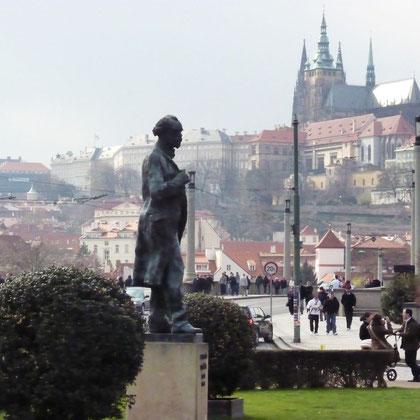 Estatua de Antonín Dvořák en Praga.