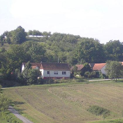 http://weichenberglernaturkost.jimdo.com/bax-und-tina/der-laden/