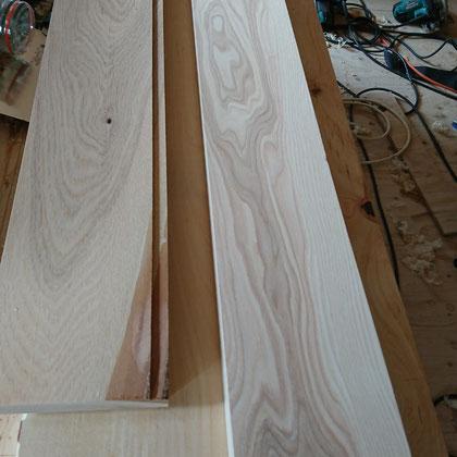 樺材による窓枠造作