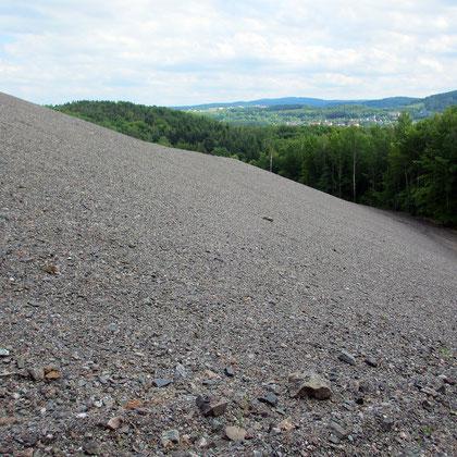 Uranerz-Abraumhalde bei Schneeberg