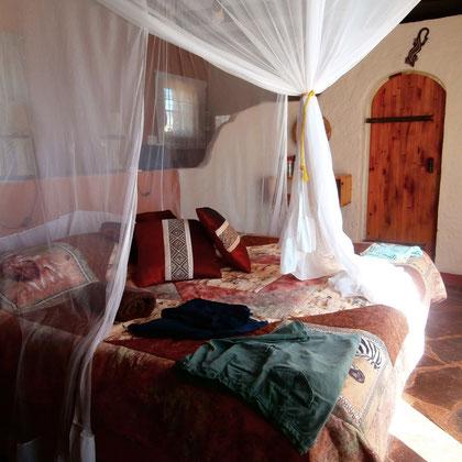 Betten mit Mückennetz
