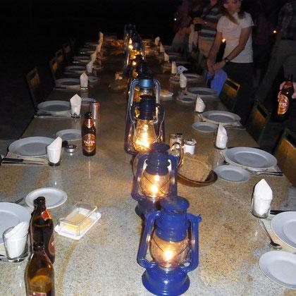 gemeinsames Abendessen mit den Inhabern der Lodge