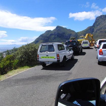 Baustelle auf der Zufahrt zum Tafelberg