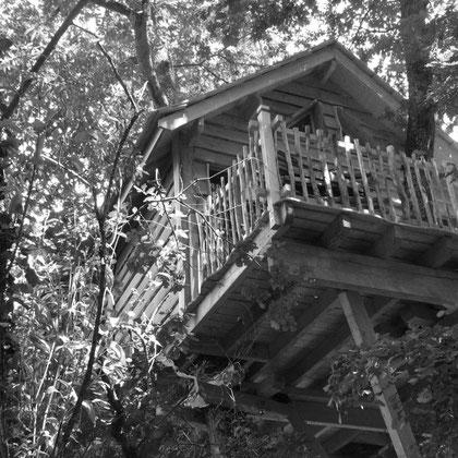 cabañas en los árboles en francia