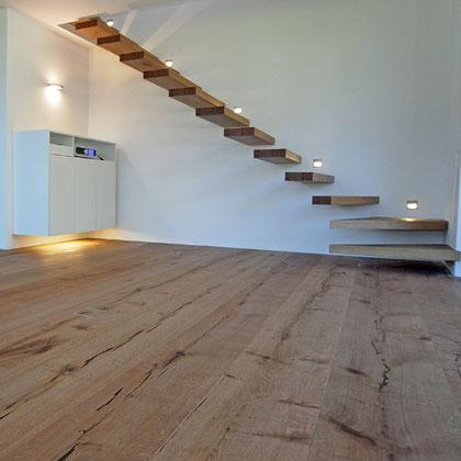Treppenstufen Eiche romanisch (Sonderanfertigung)
