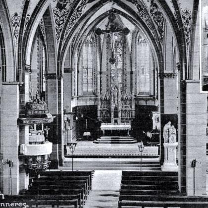 """Der neogotische """"Herz Jesu"""" Hauptaltar von 1891 geschaffen vom Bildhauer Fleige aus Münster"""