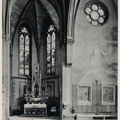 Einer der beiden Seitenaltäre von 1867-69 vom Mendener Bildhauer Grahs