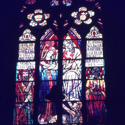 Kirchenfenster des Glasmalers Sommer aus Münster