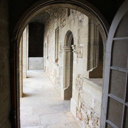 Bild: Balkon auf Schloss Barroux