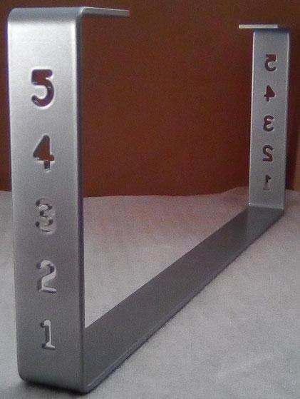 Pied de table basse design coloris aspect métal