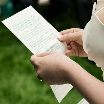Strauß & Fliege, Hochzeitsredner, Bayern, München, Johann-Jakob Wulf, Freie Trauung, Hochzeit, Heiraten, Blog, Brautvater, Rockabilly, Petticoat, Kleid