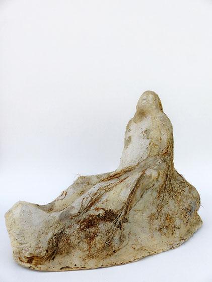 Sitzbart 3, 2014 Polymergips, Hanffasern, Epoxidharz, Acryllack, 28x26x38 cm