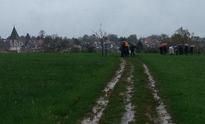 Wanderbeginn im Dauerregen (Foto: Erhard Anderer)