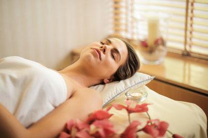 Lomi Lomi Nui Massage in Salzburg - Wellbeing Massage