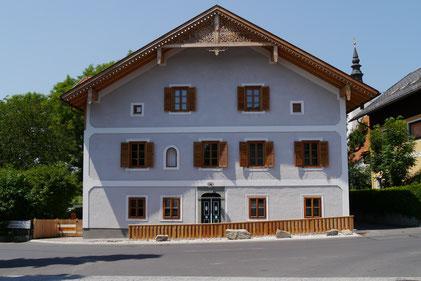 Kranz Kastenfenster, Landhaus, Tostmann Bandlkramerey