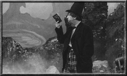 Der zweite Doctor trägt auch schon mal einen Hut