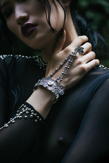 Jewelry details by Monica Monimix Antonelli