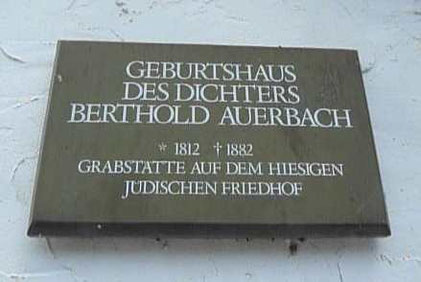 Tafel am Geburtshaus
