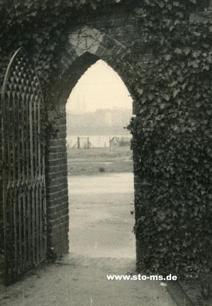 Zentralfriedhof - Tor zum Aasee