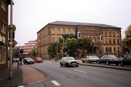 Am Landgericht 1992