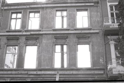 Schulstraße 15 - Kernsanierung, nur die Fassade bleibt bestehen