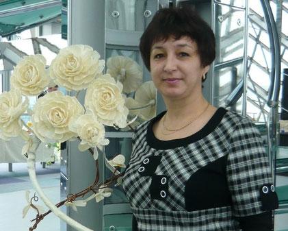 Хәсәнова Энҗе - татар теле һәм әдәбияты укытучысы
