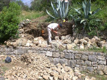 muret-mur-pierre-seche-restanque-restanques-pose-pierres-restauration-reparation-var-83