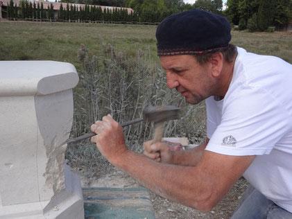 taille-fontaine-pierre-aiguille-entrecasteaux-var-83