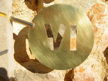 sundial-sundials-number-thoronet-dial-brass