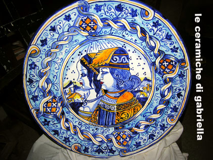 piatti in ceramica antica