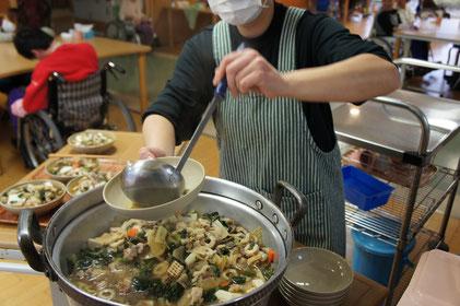 元日のお昼は上越らしく『具だくさん』のお雑煮で