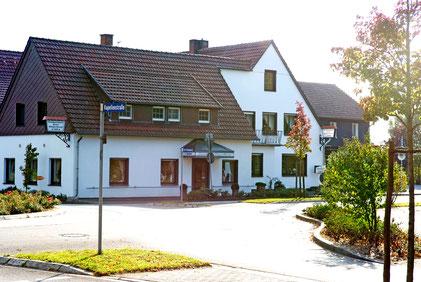 Landhotel Pöppelbaum in Lintel Gebäude Frontalaufnahme