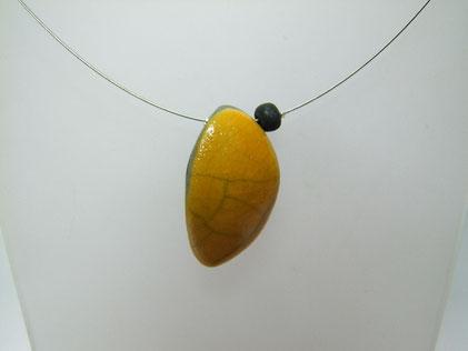 Bijou ceramique raku collier jaune