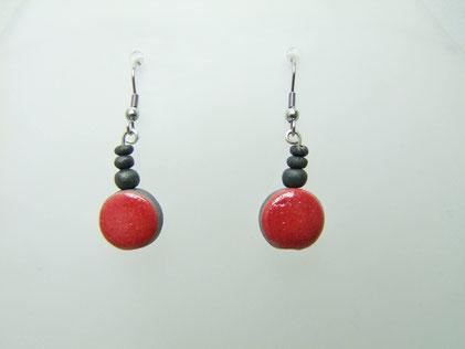 boucles d'oreilles en perles céramique raku rouge