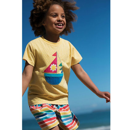 Evie T-Shirt with a Boat yellow