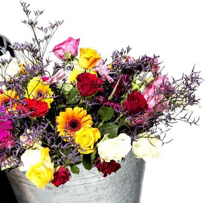Immer frische und geschmackvolle Blumendekorationen für Ihr Fest - Fleischerei Eckart