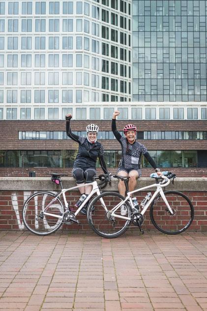 Lena und Cecila, Hamburg